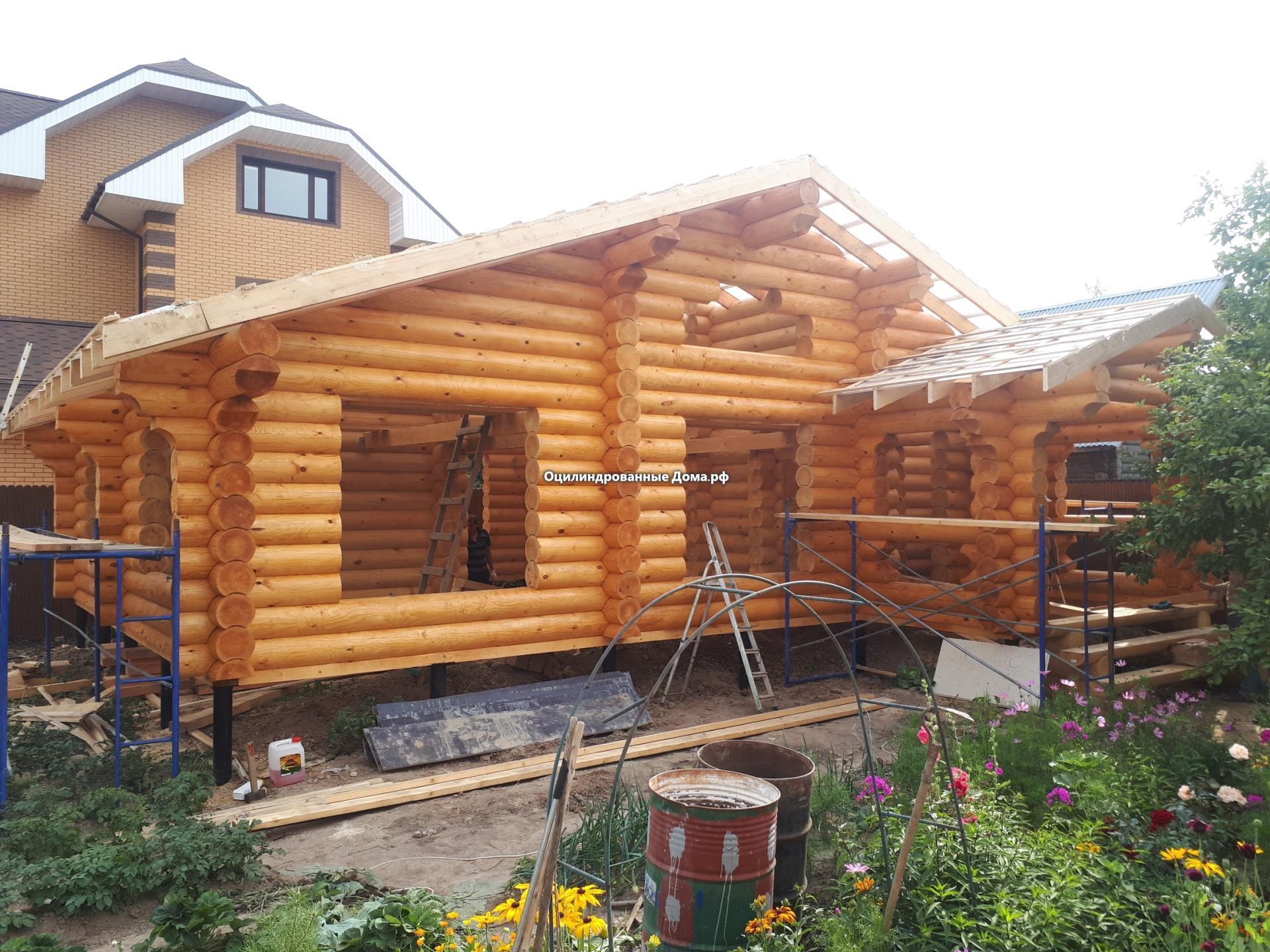 Дом - баня одноэтажный из оцилиндрованного бревна